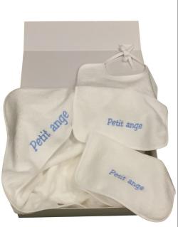 Cape de bain et bavoirs blancs, 100% coton, brodés en bleu ou en rose, dans une boite cadeau